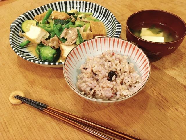 1食分の料理の写真