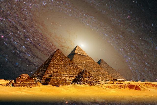 ギザの大ピラミッド